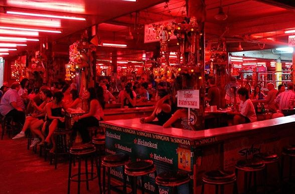 泰国夜生活怎么玩?史上最全的泰国夜生活玩法类型介绍