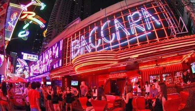 曼谷BTS线上的三大红灯区,好友的首次泰国之旅
